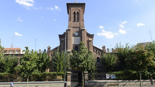 Parroquia San Miguel en Carabanchel: Foco de caridad y alma de servicio