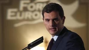 Podemos y Ciudadanos entierran el «trío imposible» de Sánchez