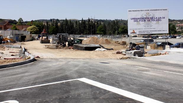 La delegación del Gobierno pedirá a Defensa que el aparcamiento de Santa Teresa sea «libre y gratuito»