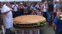 La hamburguesa a punto