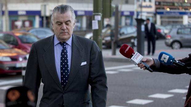 El extesorero del PP Luis Bárcenas acudiendo a declarar ante la jueza titular del caso de los ordenadores