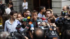 Errejón intenta quitar hierro a su pelea con Iglesias y Montero reconoce un debate sobre la relación con el PSOE