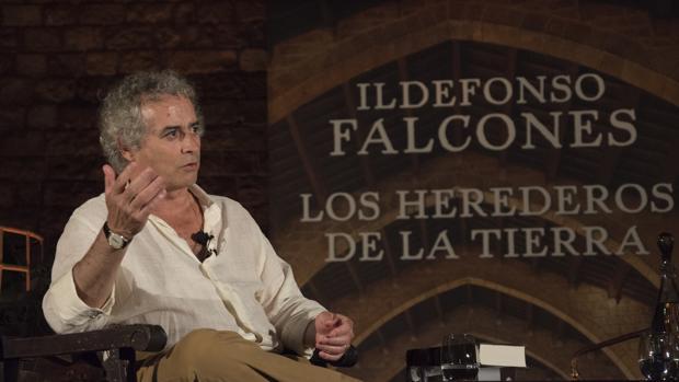 Falcones, durante la presentación de su última novela
