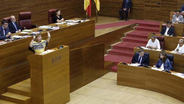 Imagen de la sesión de control en las Cortes Valencianas celebrada este jueves