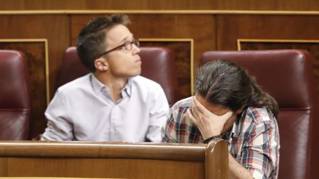 Errejón e Iglesias, en la bancada de Unidos Podemos en el Congreso