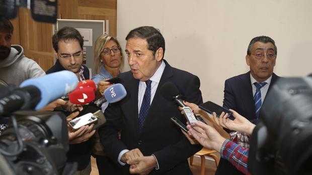 El consejero Sáez-Aguado durante un acto ayer en Salamanca