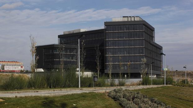 El edificio de la Junta de Arroyo de la Encomienda conocido como «La Perla Negra»
