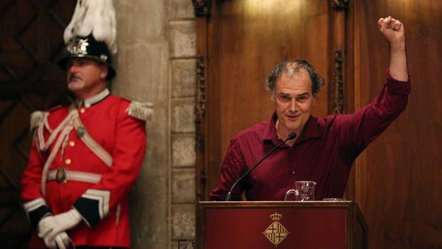 El escritor Javier Pérez Andújar durante el pregón de apertura de las fiestas de la Mercè