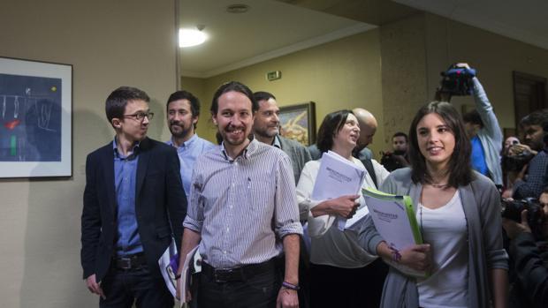 Errejón, Iglesias y Montero en la reunión que mantuvieron con PSOE y C's la pasada legislatura