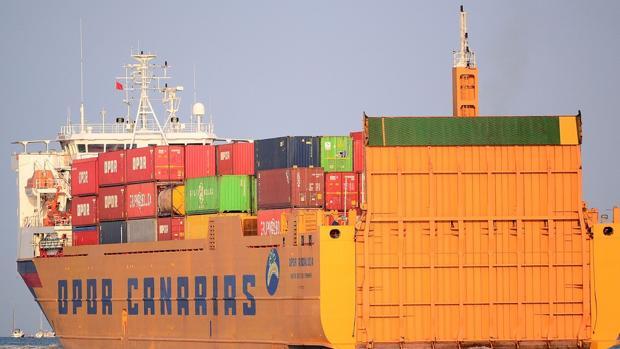 Un buque de OPDR en el Puerto de Las Palmas