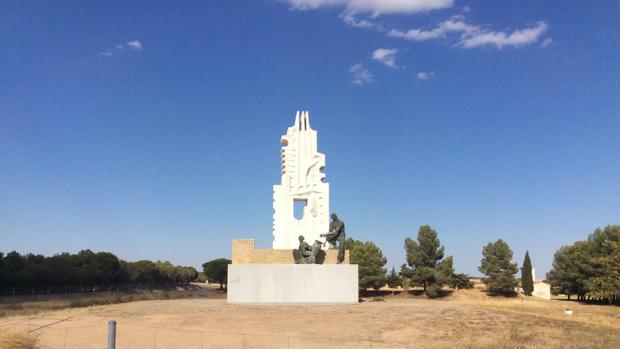 El monumento fue reinstalado el 6 de septiembre
