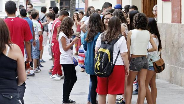 Estudiantes de un instituto de Secundaria en Valencia