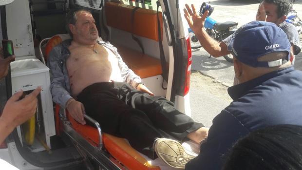 Iñaki Bilbao, momentos después de ser tiroteado por dos sicarios en Santo Domingo