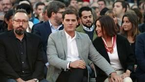 Puigdemont y Rufián se mofan de Albert Rivera en Twitter