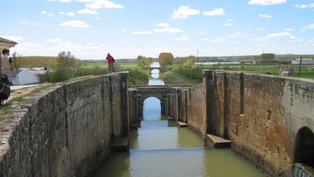 La esclusa de Frómista, una de las más bonitas de todo el recorrido