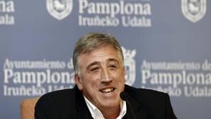 El Ayuntamiento de Pamplona deberá recolocar en lugar preferente la bandera de España y el retrato del Rey