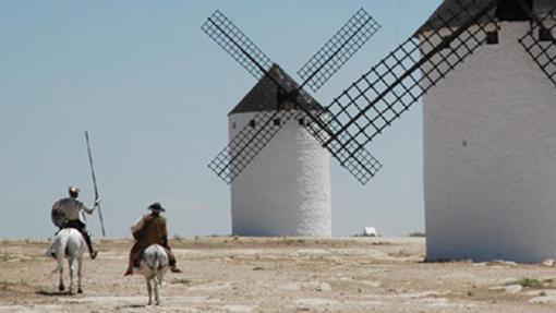 Vista de molinos de La Mancha