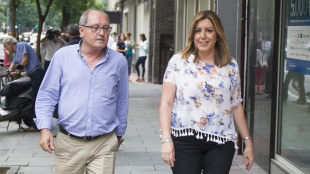 Susana Díaz, junto a Juan María Cornejo, uno de sus hombres de confianza
