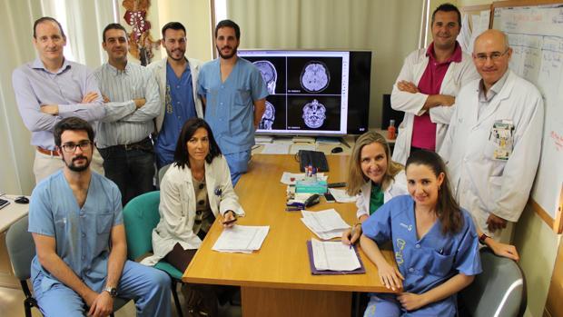 Médicos del Servicio de Neurocirugía del Complejo Hospitalario de Toledo