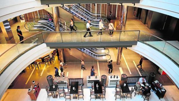 Nueva plaza central y lucernario de ABC Serrano