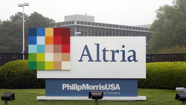 Philip Morris, accionista de SAB Miller, fabricante de Tropical y Dorada, acepta la oferta de Inbev