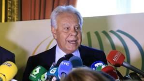 La «estrategia del bucle» de Sánchez y otros dardos de Felipe González a su secretario general