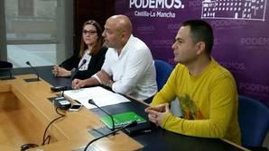 Un líder de Podemos en Castilla-La Mancha carga contra la dirección: «aquí deciden cuatro amiguetes después de pagar los gin-tonics con dinero del partido»