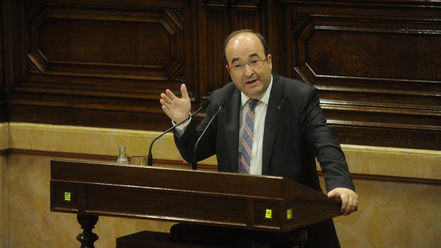 Iceta, durante una de sus intervenciones en el Parlament