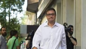 El «precedente Ávila» con el que sí se creó una comisión gestora en el PSOE