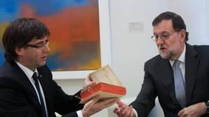 Rajoy y Puigdemont coincidirán este viernes en Oporto