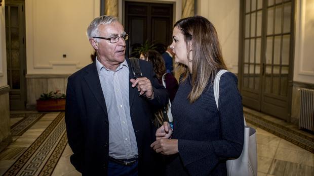 Joan Ribó y Sandra Gómez, este jueves en el Ayuntamiento