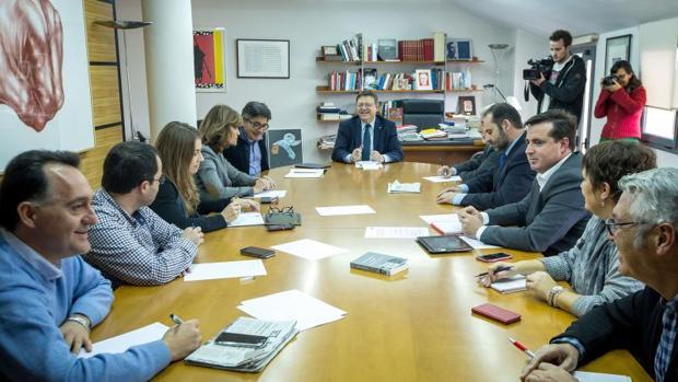 Puig y Boix reunidos con diputados del PSPV