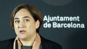 Barcelona ratifica la eliminación del nombre de la Reina Regente del salón de plenos
