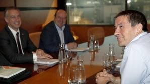 PNV y Bildu, dispuestos a llegar a acuerdos en autogobierno y paz