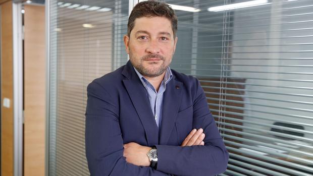 Imagen de Alberto Caparrós tomada en la Delegación de ABC en la Comunidad Valenciana