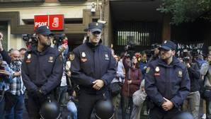 Votaciones fallidas, lágrimas, malas formas... Así fue el día más duro en la historia reciente del PSOE