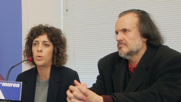 Alexandra Fernández y Fernán Vello durante una comparencencia de En Marea