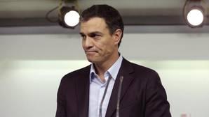 Sánchez dimite tras el día más bronco en el PSOE