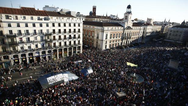 Sin la irrupción de una fuerza como Podemos y el movimiento del 15-M, el PSOE continuaría hegemónico en el flanco izquierdo del arco ideológico español