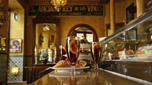 El vermú por el que Alfonso XIII se escapaba por los túneles secretos del Palacio Real