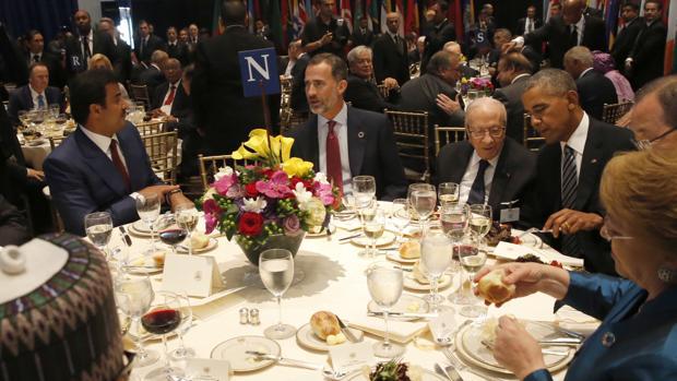 Septiembre de 2016: El Rey, durante el almuerzo ofrecido a los participantes en la Asamblea General de la ONU. Coincidió en la mesa con el presidente de Estados Unidos, Barack Obama