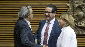 El PP valenciano tiende la mano a Ximo Puig ante el órdago de Podemos para retirarle su apoyo