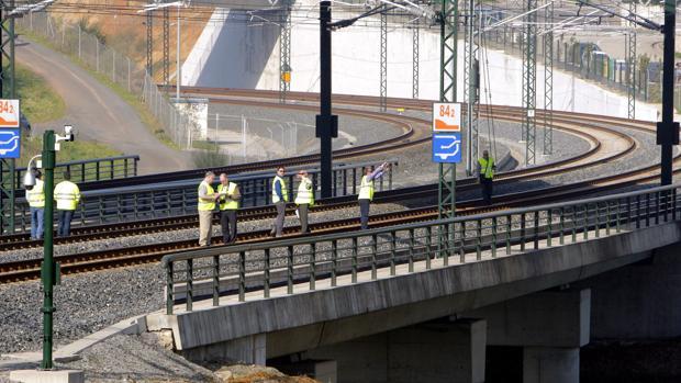 Peritos y técnicos que actúan en la causa judicial por el accidente ferroviario del tren Alvia, ocurrido en julio de 2013