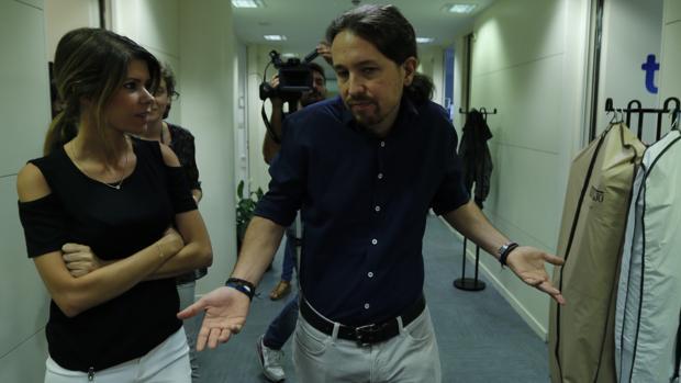 Podemos intenta situarse como el único partido de la izquierda tras la crisis del PSOE