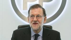 Rajoy llama a Javier Fernández y acuerdan mantener el cauce de comunicación