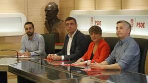 La gestora del PSOE mantiene el no a Rajoy y un pacto con los independentistas