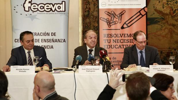 Imagen de Boquet, en el centro, en un acto de Feceval celebrado el pasado mes de enero