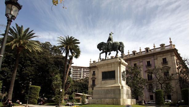 Imagen de la estatua dedicada a Jaume I en Valencia