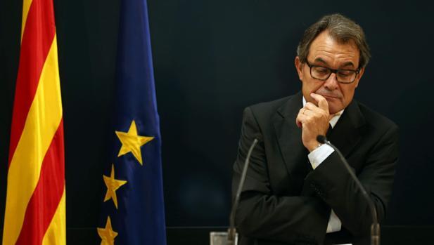 Artur Mas, ayer, tras conocer que la Fiscalía pide diez años de inhabilitación para él