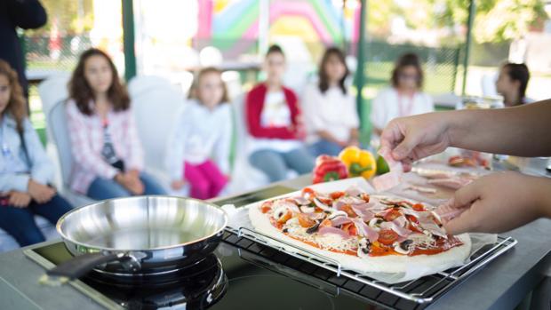 Muestra de cocina sin gluten dirigida a la población infantil